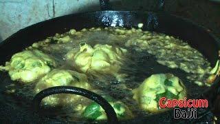 getlinkyoutube.com-CAPSICUM BAJJI | Bell Pepper Fritters | Rajahmundry Street Foods - RARE STREET FOOD