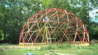getlinkyoutube.com-BUILDING A 40 FOOT GEODESIC DOME (PART 2)