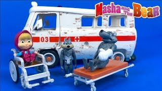MASHA AND THE BEAR AMBULANCE PLAYSET FROM SIMBA WITH TWO WOLVES WHEELCHAIR & ACCESSORIES - UNBOXING
