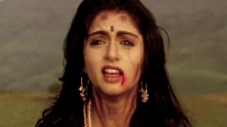 getlinkyoutube.com-Goons want to kill Bhagyashree and Himalaya - Qaid Mein Hai Bulbul, Action Scene 12/13