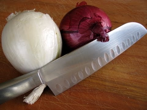 How-To Chop An Onion -9FtibH2Q12k