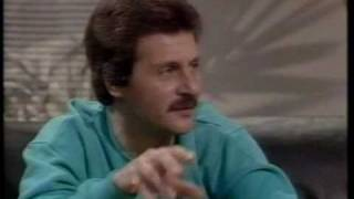 getlinkyoutube.com-Whistle Test interview with Pete Best (1985)