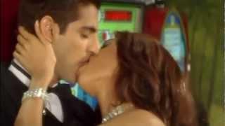 getlinkyoutube.com-Mallika Sherawat Juicy Lips Kiss 2 RepeatMotion.avi