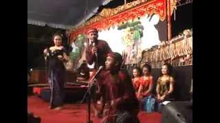 getlinkyoutube.com-Dagelan Lembok'an ~ Cak PERCIL + PROBO RINI Brsm  Ki SUN Gondrong ~ Disc 4C