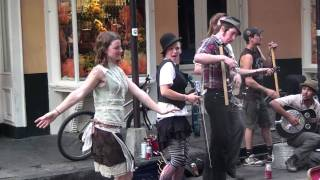 getlinkyoutube.com-Washboard Band does Robert Johnson in New Orleans