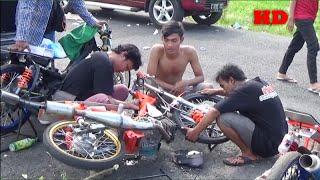 getlinkyoutube.com-Di Buang Sayang Parade Nyeting Motor Brebes Drag Bike Seri 1