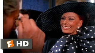 getlinkyoutube.com-Ready to Wear (4/10) Movie CLIP - Isabella Faints (1994) HD