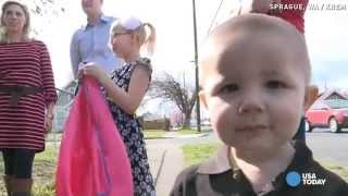 getlinkyoutube.com-Hero kids get surprise after saving baby brother