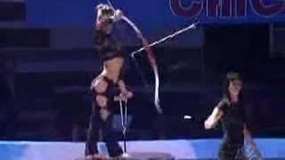 getlinkyoutube.com-Amazing Bow and Arrow Shooting by a girl