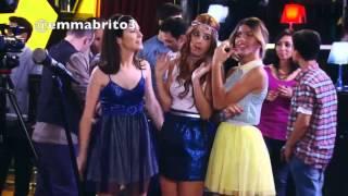 getlinkyoutube.com-Violetta - Violetta se entera que se le rompió el celular a León (03x60)
