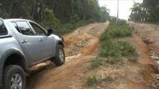 getlinkyoutube.com-Mitsubishi Triton ( L200 ) - Hill Climb & Descent