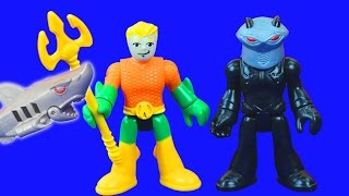 Imaginext Aquaman & Robo Shark Battles Black Manta & Sub DC Superhero Batman and Friends