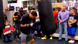 getlinkyoutube.com-Ruslan Provodnikov Destroys Heavy Bag, Training For Lucas Matthysse