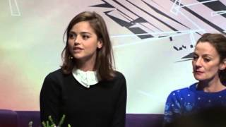 getlinkyoutube.com-Peter Capaldi gives Jenna Coleman leaving gift and speech at doctor who festival
