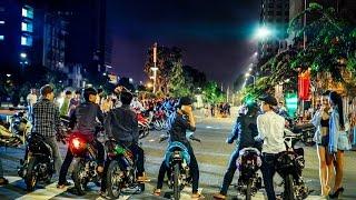 getlinkyoutube.com-Đua Xe Náo Loạn Phố Đi Bộ - Sài Gòn 2015 (Photo VNRCB)