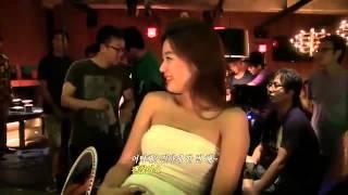 getlinkyoutube.com-Kim Soo Hyun Funny Kissing Scene