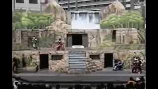getlinkyoutube.com-懐かしのヒーローショー 後楽園遊園地 ギンガマン