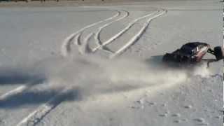 getlinkyoutube.com-Traxxas Rustler Vxl With Sand Paws In Snow - Run Video 9