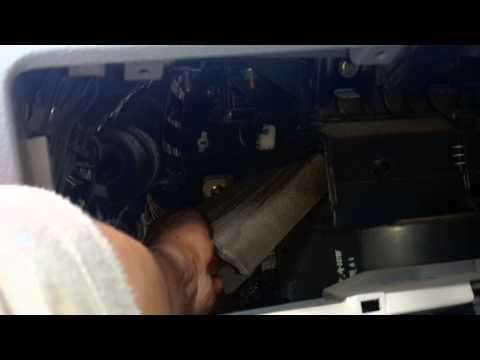 Как заменить саланный фильтр на мазда демио 2004 г