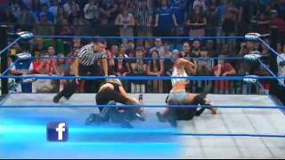 Mickie James vs. Velvet Sky