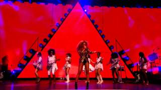 getlinkyoutube.com-Beyoncé - Naughty Girl & Baby Boy (Glastonbury 2011)