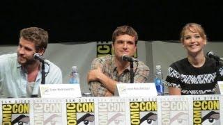 getlinkyoutube.com-Jennifer Lawrence Kisses at Comic-Con Hunger Games