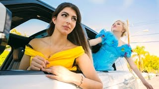 getlinkyoutube.com-Disney Princess Carpool Ride
