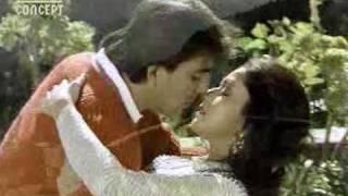 Madhuri Dixit, Sanjay Dutt - Song: Pagal Tujhe Mein Ker Doonga