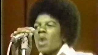 getlinkyoutube.com-Breakdance - Jackson 5 - Dancing Machine (Michael does ROBOT) - Soul Train 1973