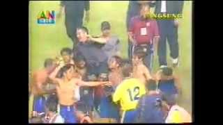 getlinkyoutube.com-Petrokimia Putra vs Persita final LIGA INDONESIA 2002