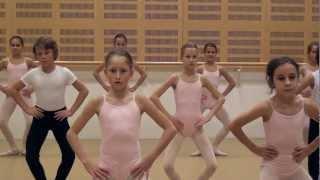 getlinkyoutube.com-SPOZNAJTE KLASIČNI BALET - Baletna disciplina