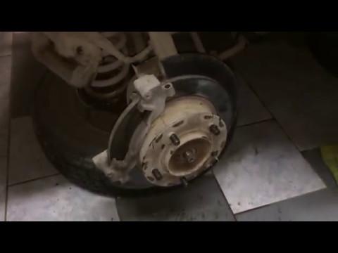 Нюанс, при замене шпильки ступицы ВАЗ-2131.