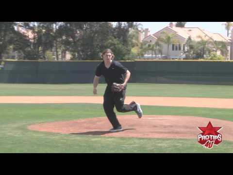 Pitching Tips: Fielding a bunt with Garrett Richards