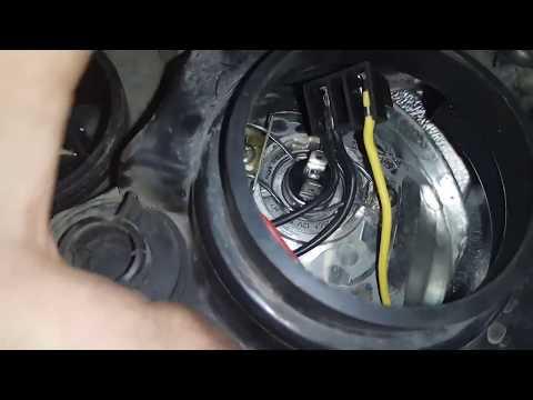 CHERY AMULET ремонт крепления лампы в фаре ближнего света