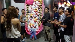 Largest Bouquet of Stuff Toys