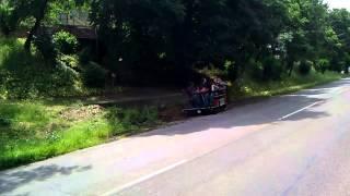 getlinkyoutube.com-Angebtriebene Biertischgarnitur / Fahrende Bierbank  * Vatertag  Bollerwagen *
