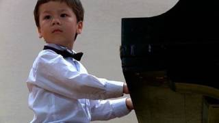 getlinkyoutube.com-3-year Old Piano Prodigy Richard Hoffmann