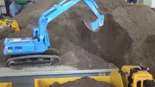 getlinkyoutube.com-RC Excavator ACTION! Nice Compilation of Wehmingen 2014.