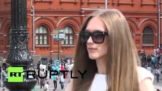 getlinkyoutube.com-Russia: Man beats the girls at international female modelling career