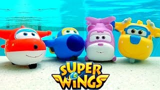 getlinkyoutube.com-Aviões Super Wings Nadando na Piscina 출동슈퍼윙스 신제품 장난감 Super Wings Squirt Underwater Pool Toys