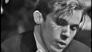 Glenn Gould and Leonard Bernstein: Bach's Keyboard Concerto No 1 in D minor (BWV 1052)