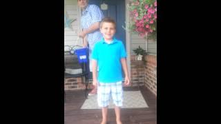 getlinkyoutube.com-Boy peed his pants during Ice bucket challenge
