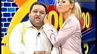 getlinkyoutube.com-O Mamilo da Lenka @ Preço Certo RTP