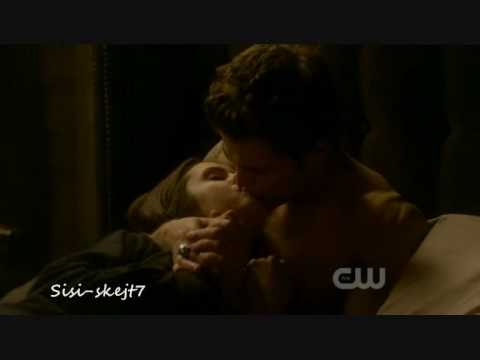 vampire diaries damon and elena kissing. Vampire Diaries - Kiss Me