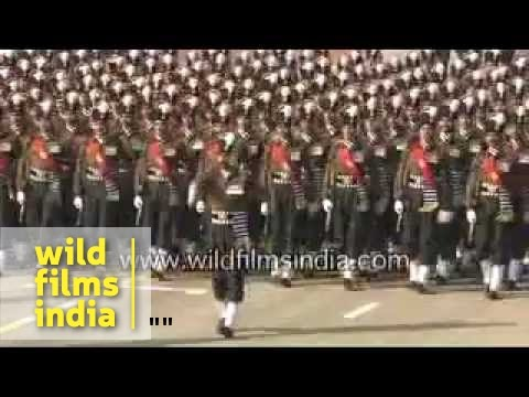 Soldiers marching on Republic day -9cwwzM0QWWs
