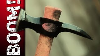 getlinkyoutube.com-COLD STEEL WAR HAMMER vs. ZOMBIE!!!