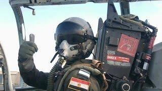 getlinkyoutube.com-لأول مرة في العالم .. طيار مصري يحقق معجزة ويحطم قانون قوة التسارع | صدى البلد