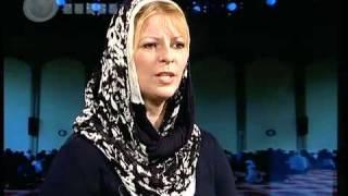 getlinkyoutube.com-Tony Blair's sister-in-law convert to shia  Islam (after  visiting the holy shirin in Qom,Iran)