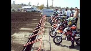 getlinkyoutube.com-50cc Pee Wee Motocross Race