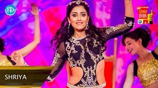 getlinkyoutube.com-Shriya Saran Superb Dance Performance@SIIMA 2014, Malaysia